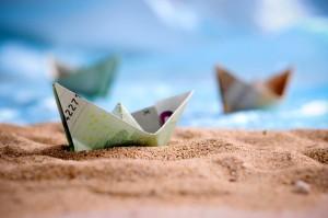 papierboote aus geldscheinen